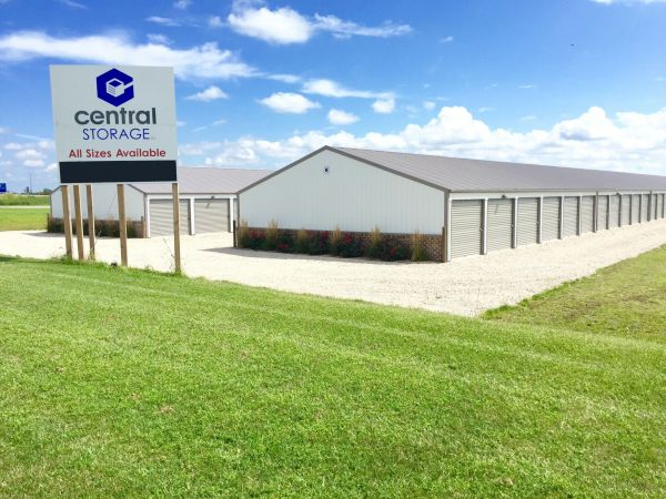 Central Storage LLC - Goodfield 6 Legacy Drive Goodfield, IL - Photo 0