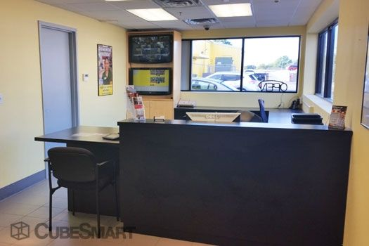 CubeSmart Self Storage - Baldwin 1170 Atlantic Avenue Baldwin, NY - Photo 3