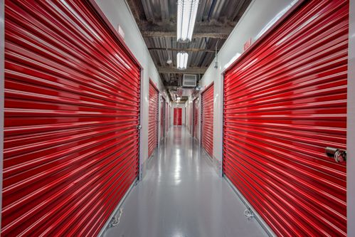 CubeSmart Self Storage - Arlington - 6875 Lee Highway 6875 Lee Highway Arlington, VA - Photo 4