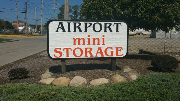 Airport Mini Storage - Cleveland - 4961 Old Grayton 4961 Old Grayton Cleveland, OH - Photo 7