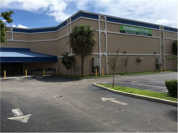 Extra Space Storage - Oakland Park - Dixie Hwy 4950 North Dixie Highway Oakland Park, FL - Photo 0