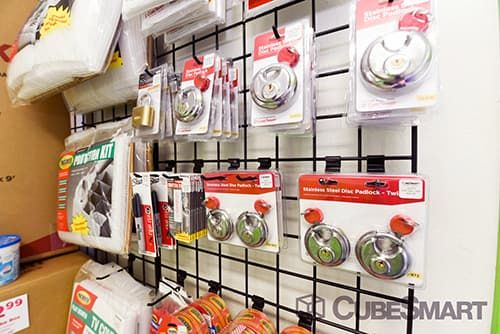 CubeSmart Self Storage - Las Vegas - 4490 E Lake Mead Blvd 4490 E Lake Mead Blvd Las Vegas, NV - Photo 3