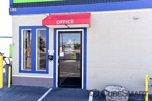 CubeSmart Self Storage - Las Vegas - 3360 N Las Vegas Blvd 3360 N Las Vegas Blvd Las Vegas, NV - Photo 2