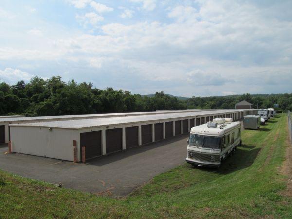 New Baltimore & Nathans Mini Storage 6558 Commerce Court Warrenton, VA - Photo 2