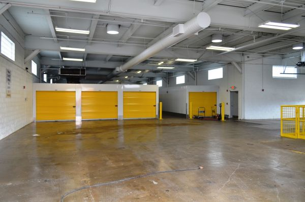 Stadium Self Storage - West Milwaukee - 4000 W. Burnham St - 53215 4000 West Burnham Street Milwaukee, WI - Photo 4