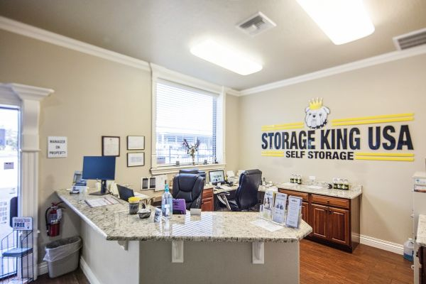 Storage King USA - Winter Haven - Dundee Rd 2100 Dundee Road Winter Haven, FL - Photo 13