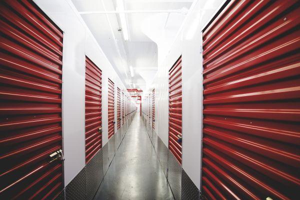 Moishe's Self Storage - Queens - 8-33 40th Avenue 8-33 40th Avenue Queens, NY - Photo 1