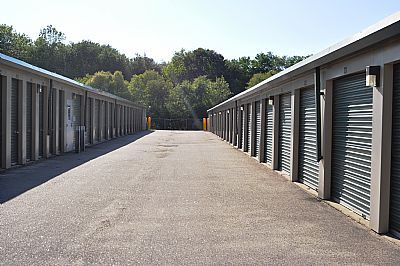 Easy Does It Self Storage 50 Route 32 Franklin, CT - Photo 2