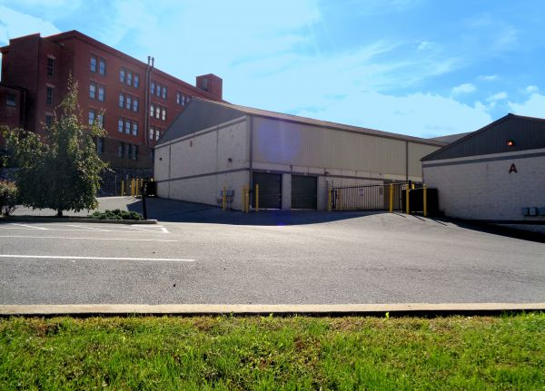 Capital Self Storage - Harrisburg West - Arsenal 1851 Arsenal Blvd Harrisburg, PA - Photo 2