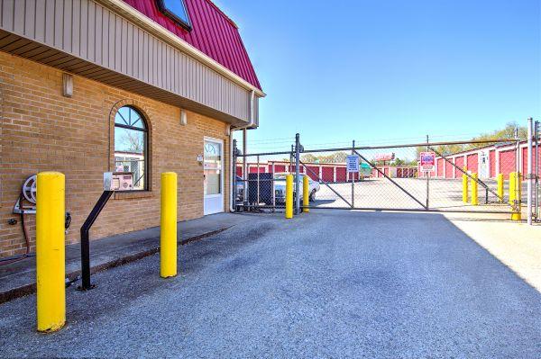 Prime Storage - Lexington 910 Enterprise Court Lexington, KY - Photo 1