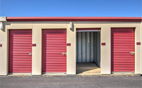 Prime Storage - Lexington 910 Enterprise Court Lexington, KY - Photo 4