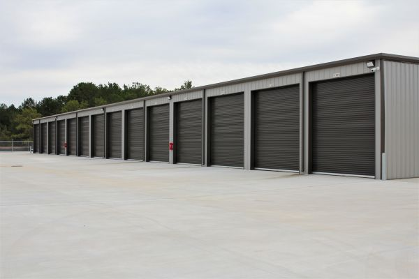 Tall Pines @ 105 - Vehicle Storage 6437 Highway 105 West Conroe, TX - Photo 3