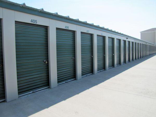 Columbia Storage Depot 1500 Creekwood Parkway Columbia, MO - Photo 3