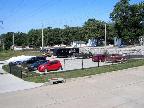 Columbia Storage Depot 1500 Creekwood Parkway Columbia, MO - Photo 5