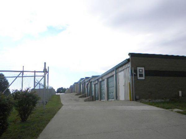 Storage Rentals of America - Winchester - 261 Winn Avenue 261 Winn Avenue Winchester, KY - Photo 3