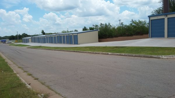 American Self-Storage - South Hattie Ave. 4900 South Hattie Avenue Oklahoma City, OK - Photo 9