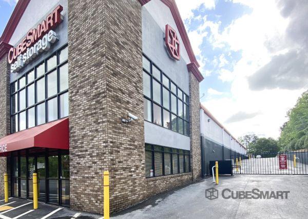 CubeSmart Self Storage - Lithia Springs - 1636 Lee Road 1636 Lee Road Lithia Springs, GA - Photo 2