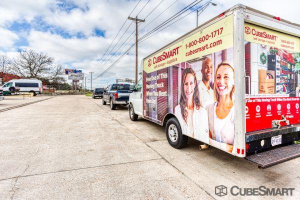 CubeSmart Self Storage - Austin - 10707 N Interstate 35 10707 N Interstate 35 Austin, TX - Photo 5