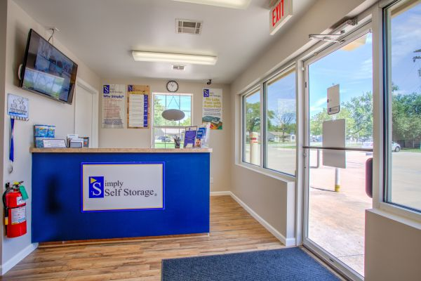 Simply Self Storage - 2900 NW Grand Boulevard - Nichols Hills 2900 Northwest Grand Boulevard Oklahoma City, OK - Photo 6