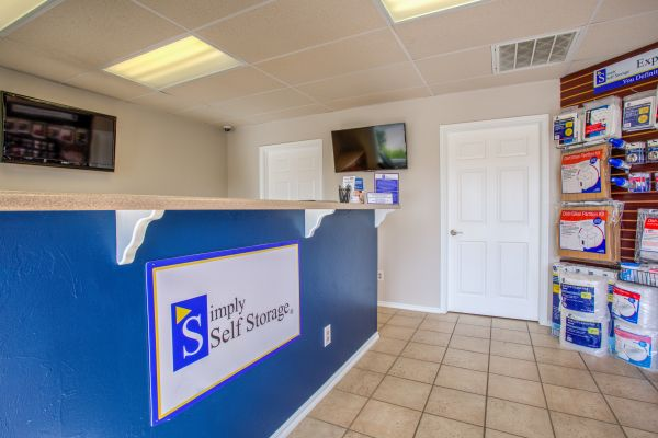 Simply Self Storage - 275 12th Avenue SE - Norman 275 12th Avenue Southeast Norman, OK - Photo 7