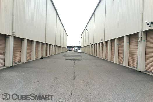 Nj Self Storage 2425 Tonnelle Avenue North Bergen, NJ - Photo 5