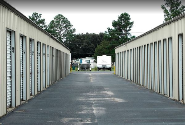 Storage Rentals of America - Florence 1309 East Howe Springs Road Florence, SC - Photo 11