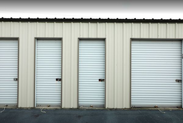 Storage Rentals of America - Florence 1309 East Howe Springs Road Florence, SC - Photo 12