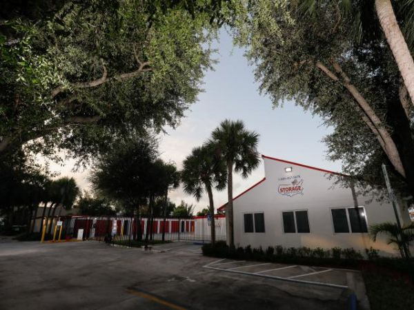 Storage Rentals of America - Palm Beach Gardens 7000 North Military Trail Palm Beach Gardens, FL - Photo 0
