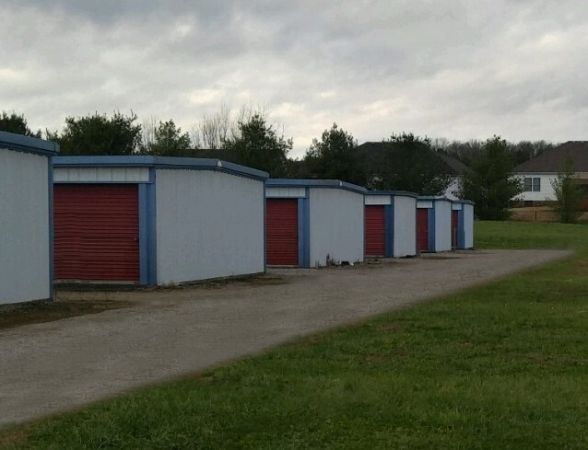 Storage Rentals of America - Bowling Green 5650 Russellville Road Bowling Green, KY - Photo 4