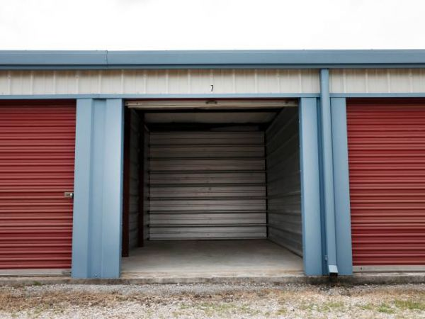 Storage Rentals of America - Bowling Green 5650 Russellville Road Bowling Green, KY - Photo 7