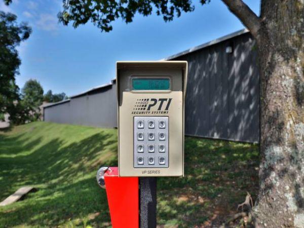 Storage Rentals of America - Frankfort 811 Oakmont Lane Frankfort, KY - Photo 6