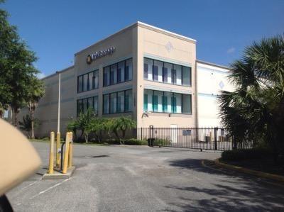 Life Storage - Orlando - University Boulevard 11583 University Boulevard Orlando, FL - Photo 1