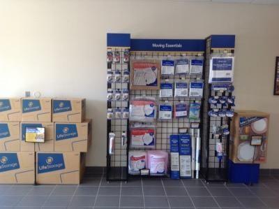 Life Storage - Orlando - University Boulevard 11583 University Boulevard Orlando, FL - Photo 6