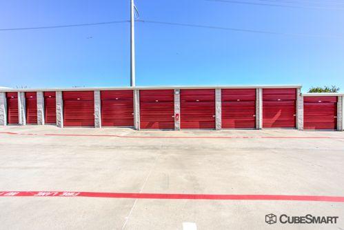 CubeSmart Self Storage - Lewisville - 900 West Round Grove Road 900 West Round Grove Road Lewisville, TX - Photo 5