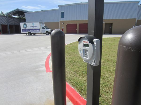 Storage West - Atascocita 17980 West Lake Houston Parkway Humble, TX - Photo 9