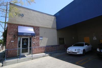 Life Storage - Los Angeles - East Slauson Avenue 700 East Slauson Avenue Los Angeles, CA - Photo 3