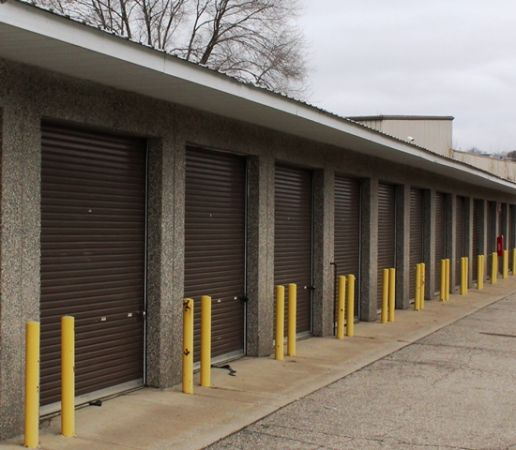 National Storage Centers - Comstock Park 4970 West River Road Northeast Comstock Park, MI - Photo 1