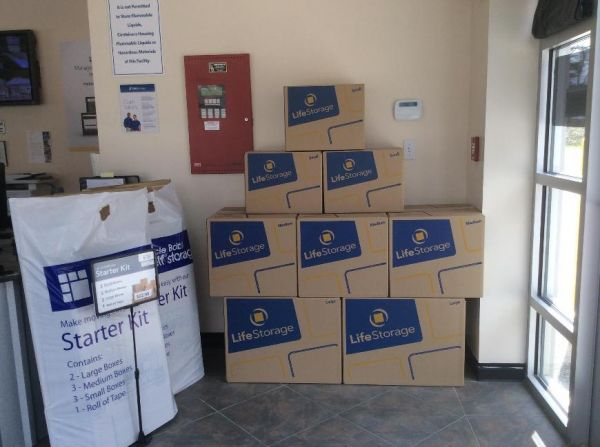 Life Storage - Hampton Falls 143 Lafayette Road Hampton Falls, NH - Photo 4