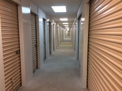 ... Life Storage   Lee44 Calef Highway   Lee, NH   Photo 1 ...