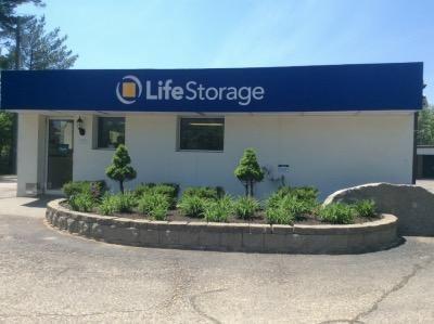 ... Life Storage   Lee44 Calef Highway   Lee, NH   Photo 0 ...