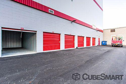 CubeSmart Self Storage - Queens - 186-02 Jamaica Avenue 186-02 Jamaica Avenue Queens, NY - Photo 9