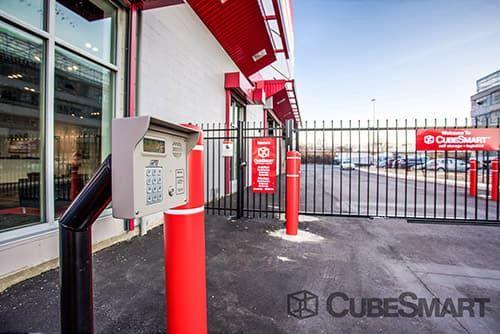 CubeSmart Self Storage - Queens - 186-02 Jamaica Avenue 186-02 Jamaica Avenue Queens, NY - Photo 4