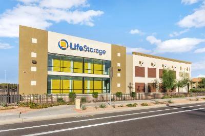 Life Storage - Phoenix - North 48th Street 900 North 48th Street Phoenix, AZ - Photo 5