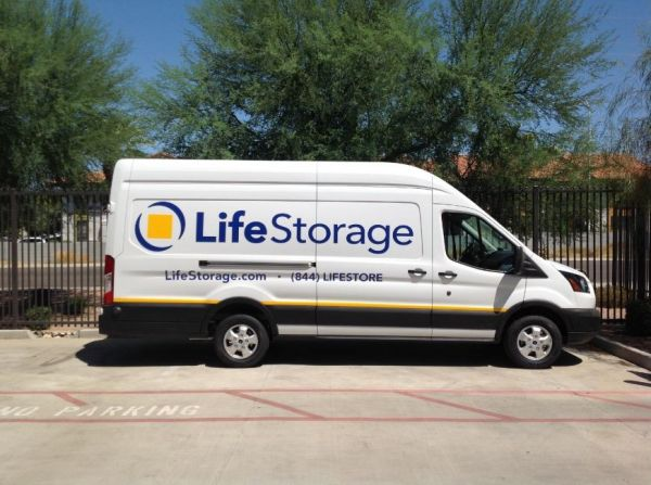 Life Storage - Phoenix - North 48th Street 900 North 48th Street Phoenix, AZ - Photo 6