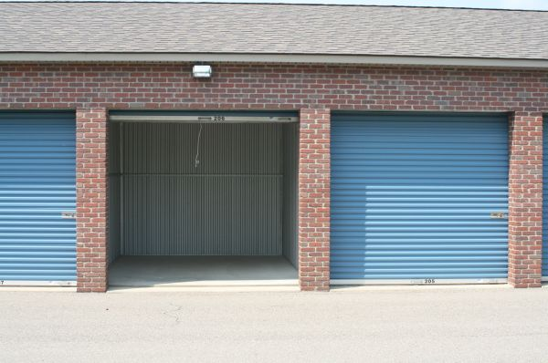 Country Storage - Northville - 58000 8 Mile Road 58000 8 Mile Road Northville, MI - Photo 4