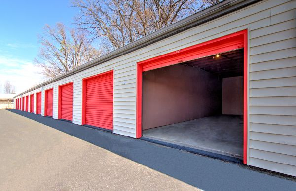 Prime Storage - Newport News 5868 Jefferson Avenue Newport News, VA - Photo 9