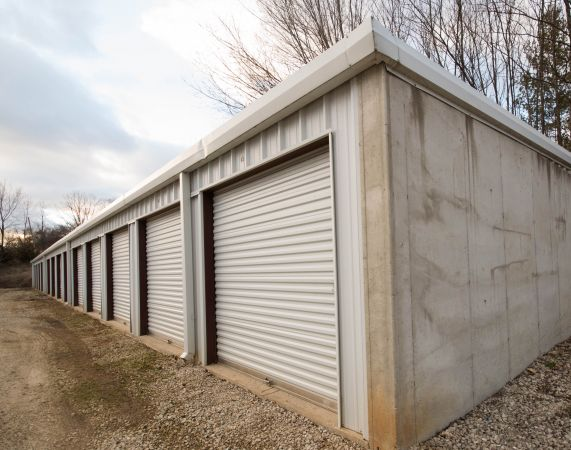 H&H Self Storage Center 1517 Copper Road Holts Summit, MO - Photo 1
