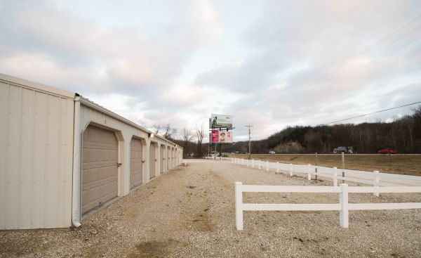 H&H Self Storage Center 1517 Copper Road Holts Summit, MO - Photo 3