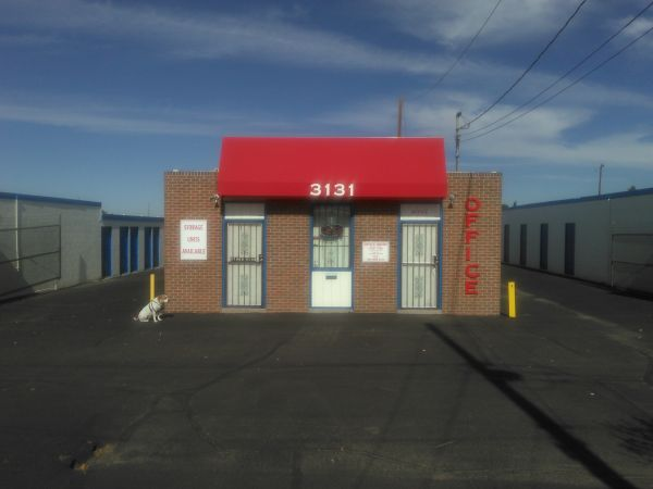 AAA U-Lock-It Self Storage - 3131 3131 Candelaria Road Northeast Albuquerque, NM - Photo 1