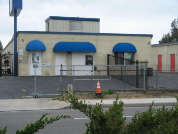 Fresno Mini Storage 2612 North Clovis Avenue Fresno, CA - Photo 3
